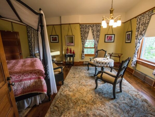 King Suite, Historic Balch Hotel