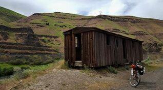 Pioneer Barn, backroads Dufur OR