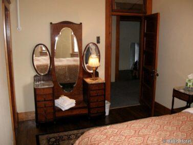 Room 24, Signature Queen room Balch Hotel